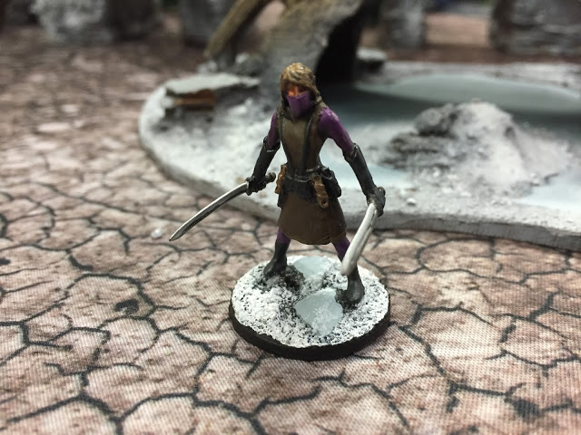 Reaper Miniature Pathfinder Sword Woman for Frostgrave