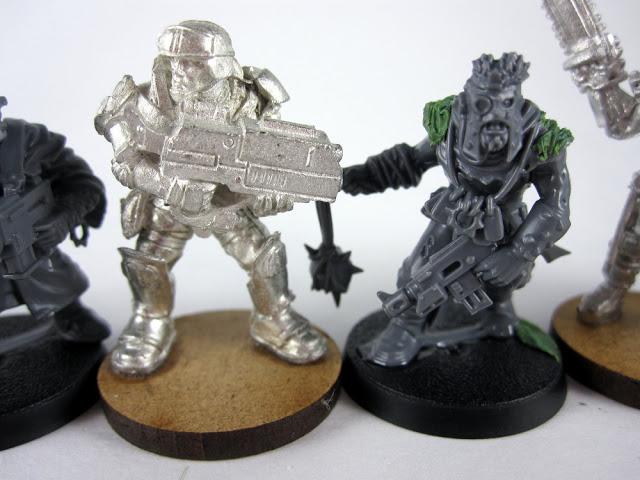 Chaos Cultist vs Reaper Marine