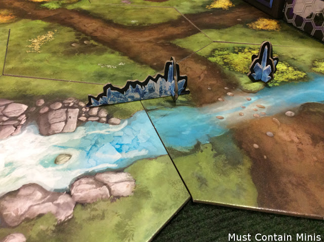 Ice Crystals and Ice Walls that can easily be used as Terrain in Frostgrave