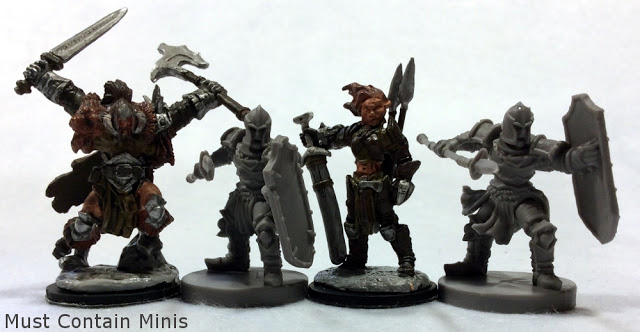 Reaper Miniatures to Runewars Scale comparison