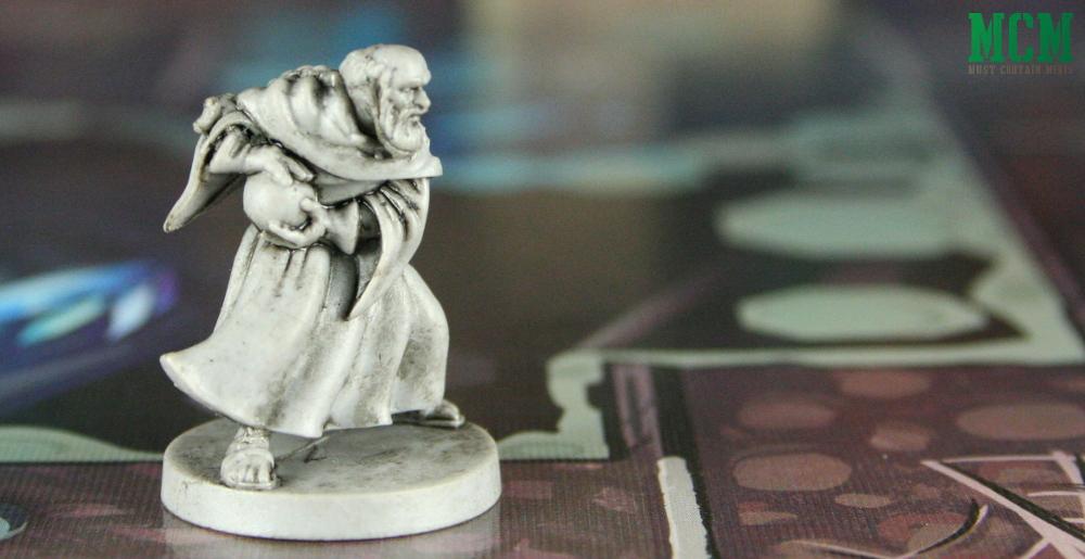 Garen Miniature of a Wizard casting a fireball 28mm