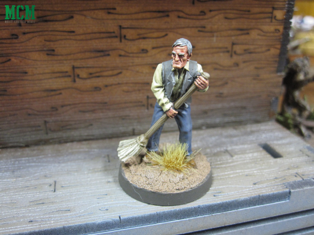 Wild West 28mm civilian miniatures painted nicely