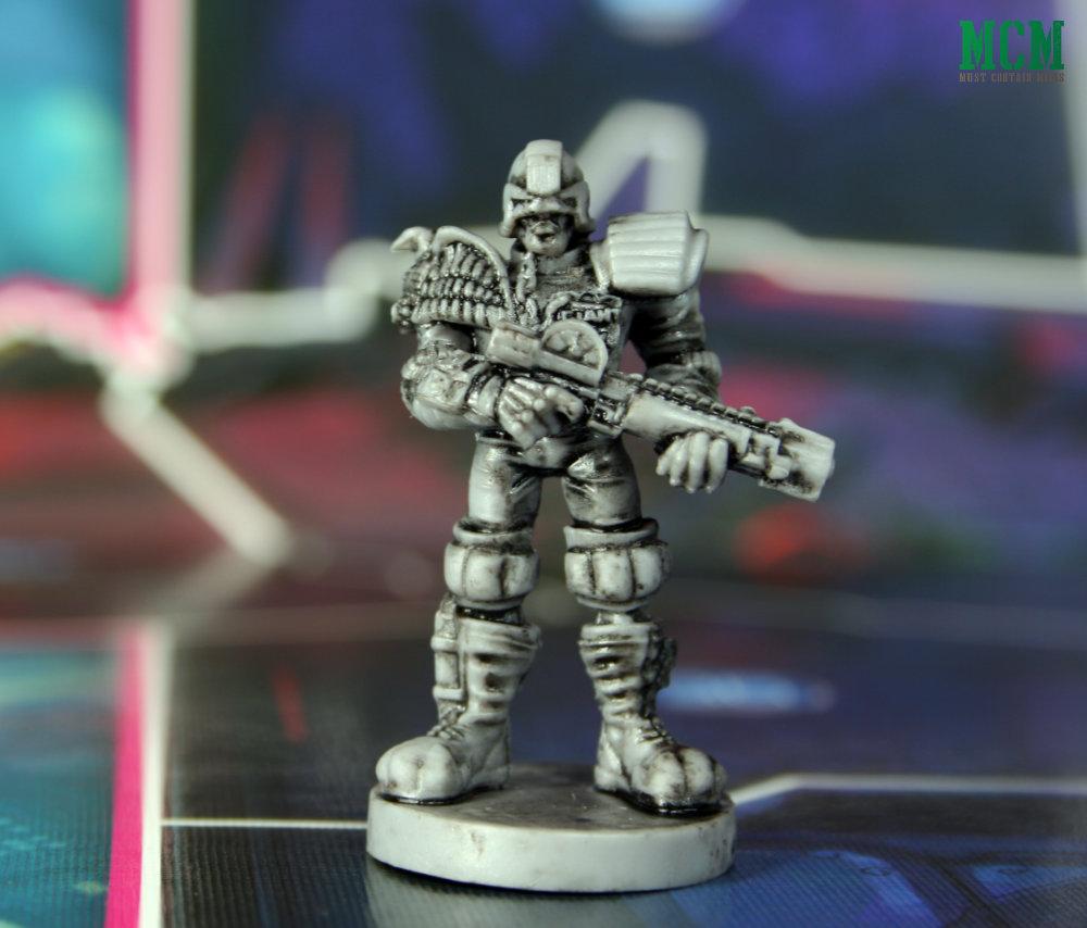Judge Giant Miniature