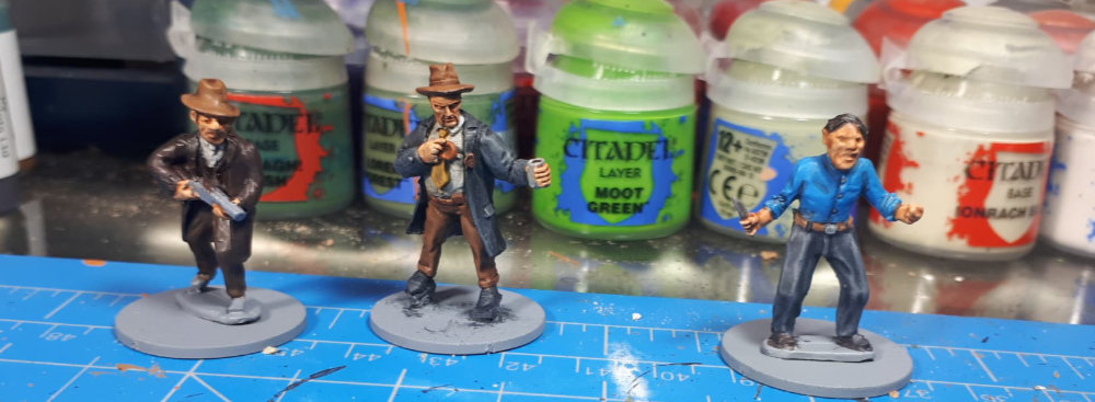 Some more painted Mobster Miniatures by Dave.