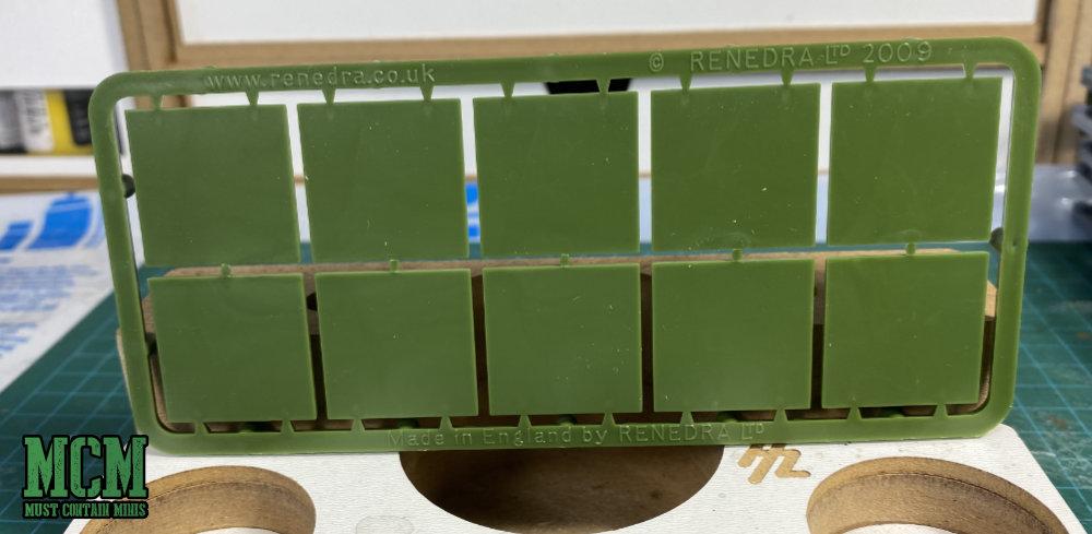 Rendera square 25mm bases for Oathmark